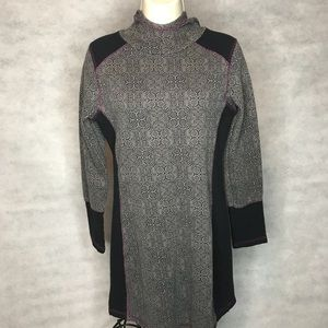 prAna Hooded Long Sleeve Dress